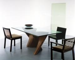 Jedálenský stôl Wave