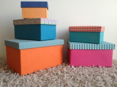 darčekové krabice farebné
