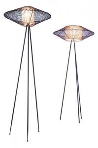 Designové stojací svítidlo Kai Tripod