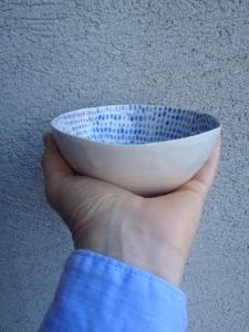 Keramická miska modré tečky