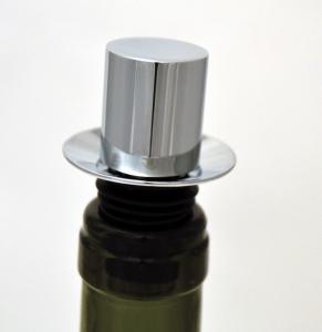 Nálevka-zátka na láhev
