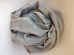 Kašmírový šál s hedvábím šedá