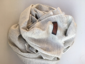 Kašmírový šál s hedvábím bledošedá