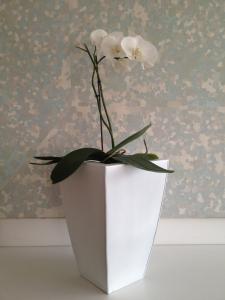 Květináč pozinkový plech SUNIX H-502011 S bílý 40x20x20 cm